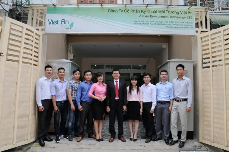 Team Phần mềm - Giúp tạo ra sự khác biệt về hình ảnh Việt An khi cung cấp giải pháp phần mềm tổng thể cho mạng lưới Cấp Thoát Nước (Phần mềm GIS Quản lý tài sản iArcASSET for Water, phần mềm thủy lực WaterGEMS và phần mềm SCADA)