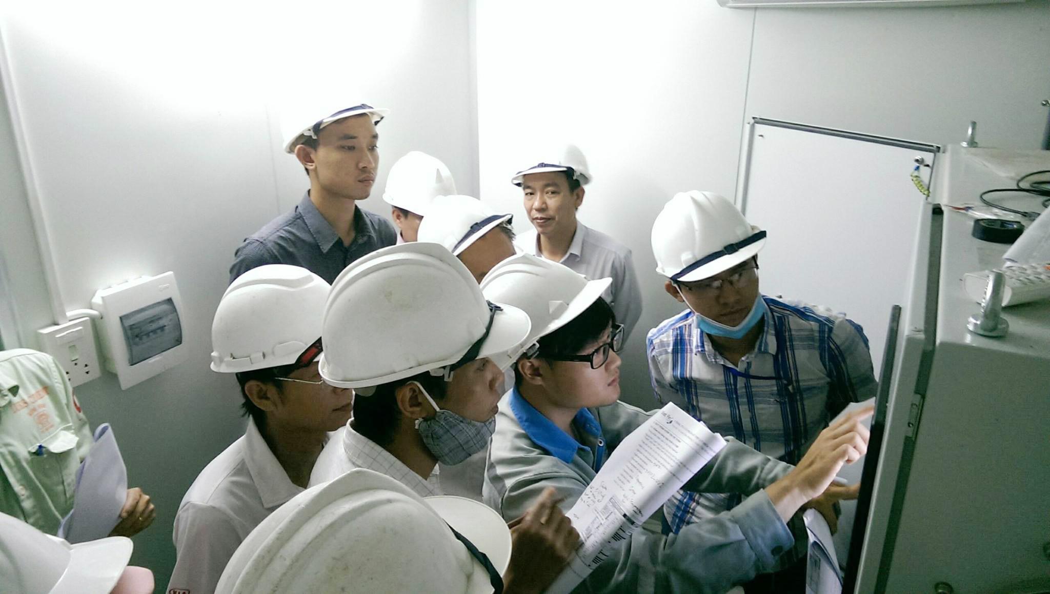 viet-an-tram-quan-khi-thai-tu-dong-nha-may-xi-mang-kim-dinh 3