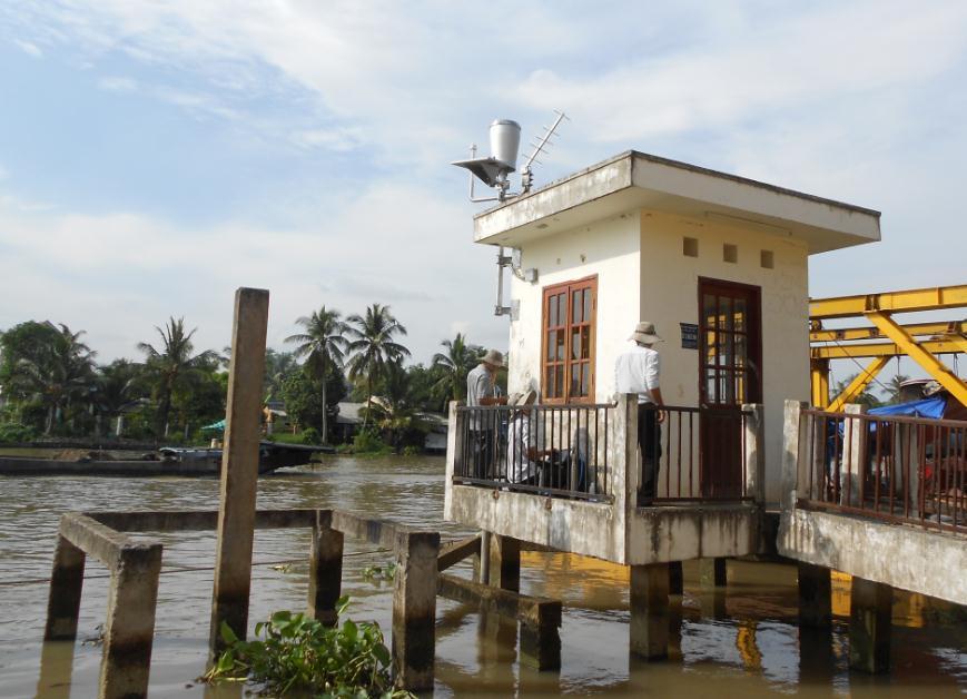 Cung cấp, lắp đặt 5 trạm quan trắc tự động chất lượng nước sông ở Tp.HCM và Tp.Cần Thơ